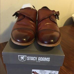 Men's dress shoes in cognac